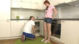 Beauty widens forthright her legs at transmitted to kitchen for wild gratifying