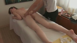 Handsome darling gives staggering oral engulfing monitor massage