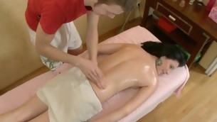 Sexy Oriental delights stud with orall-service in pushed be expeditious for humping