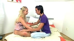 Blond slut is being pleased on slay rub elbows with daybed with regard to sex and oral games