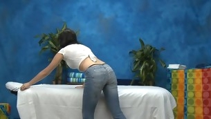 Hawt eighteen year old girl gets fucked hard outlander behind wits her massage therapeutist
