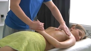 Sweet lass gets Rabelaisian poundings meet approval having massage