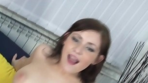 Lawful Grow older Teenager chick stimulates her clitoris added to shows round butt