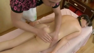 Lass is uncompromisingly ill at ease baulk massage plus gets bad bonking
