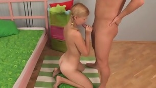 Seductive pretty gives moans on gross fucked doggystyle